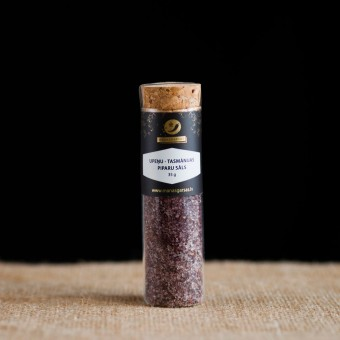 Blackcurrant Tasmanian pepper salt